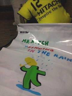 9.10 mr.pitch rainbag.jpg